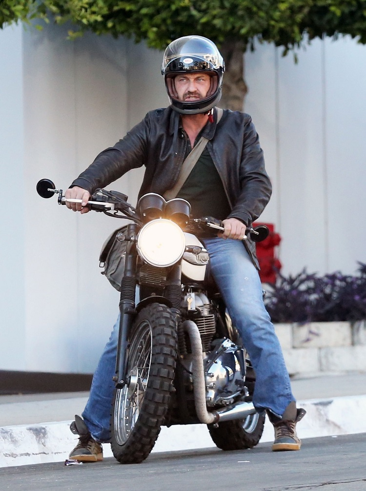 gerard-butler-motorcycle accident 01