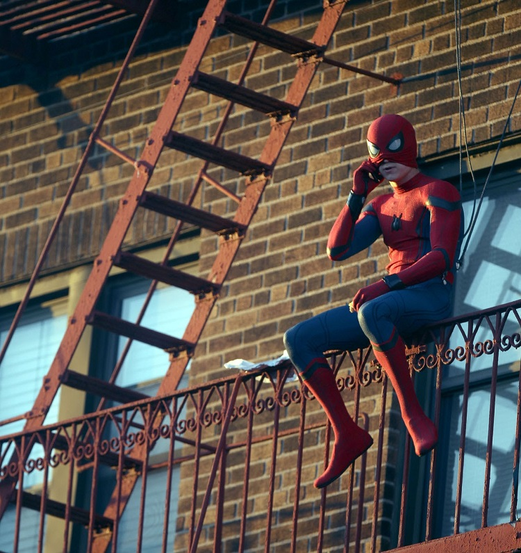 Tom Holland_spiderman03